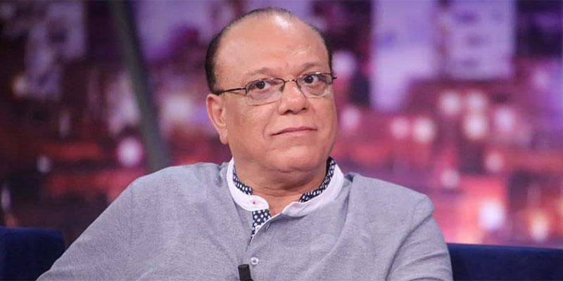 منال عبد القوي تدافع عن فتحي الهداوي