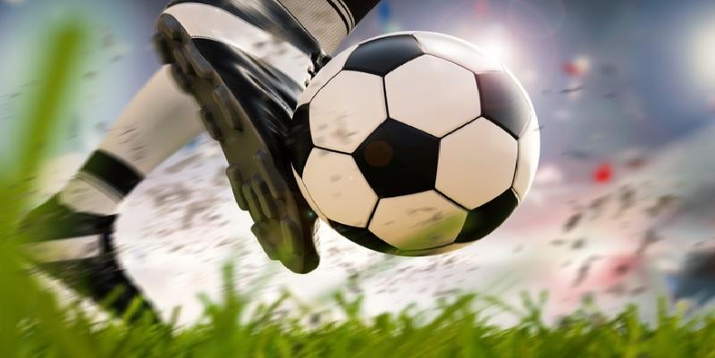 كرة قدم: 14 إصابة في الدوري الألماني عقب عودة النشاط