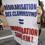 La France bloque l'entrée d'immigrés tunisiens : Personne ne les a invités, on les accepte pas !