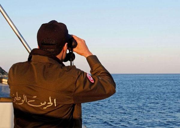 بنزرت : القبض على 09 تكفيريين في عملية إجتياز الحدود البحرية خلسة