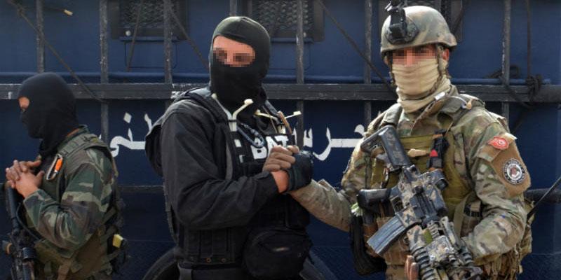 Démantèlement de trois cellules terroristes
