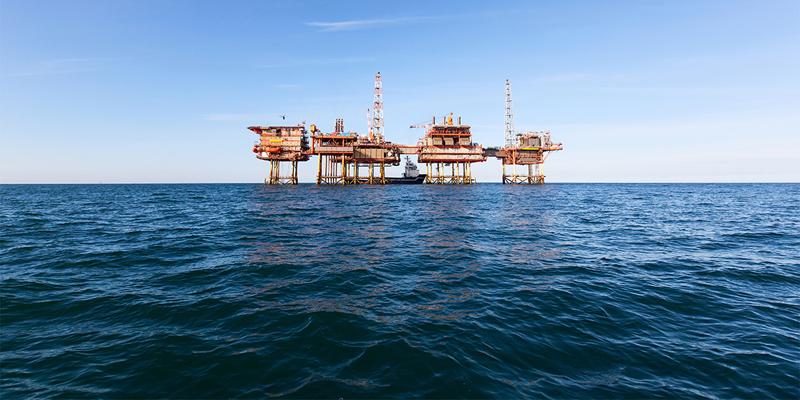 مصر توسع التنقيب عن النفط والغاز في البحرين الأبيض والمتوسط