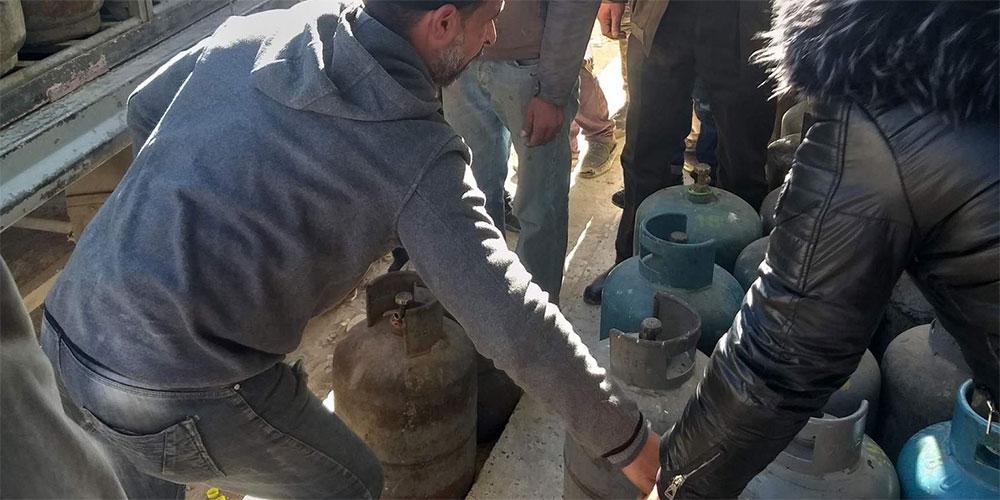 حضور الأمن و الجيش لتوزيع قوارير الغاز بالڨصرين