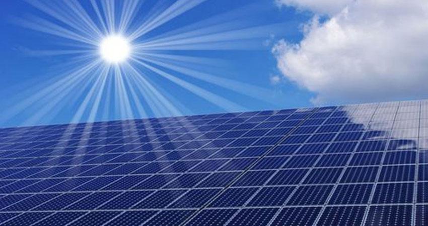 وزارة الطاقة تتلقى 58 طلبا من شركات ترغب في توليد الكهرباء من الشمس والرياح