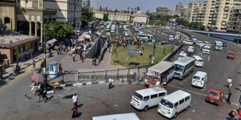 إبطال مفعول قنبلة في محيط مسجد بميدان الجيزة بمصر