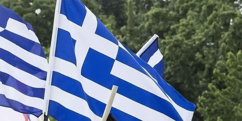 الحكومة اليونانية تجمد مباريات كرة القدم