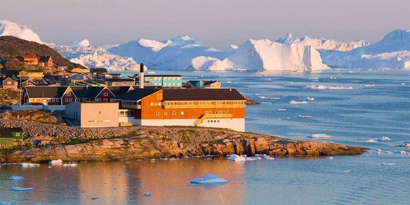 خبير يكشف سر إصرار ترامب على شراء غرينلاند