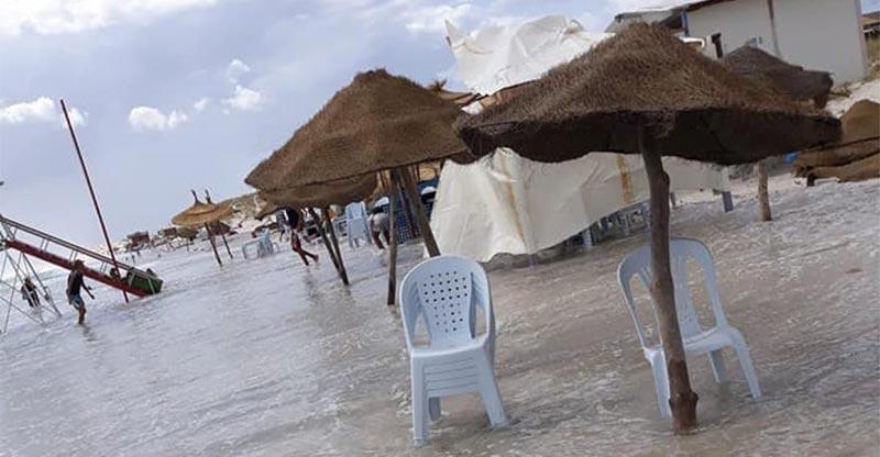 بالصورة: احتكار الشواطئ والتعدي على الملك العام.. مازال متواصل في تونس<
