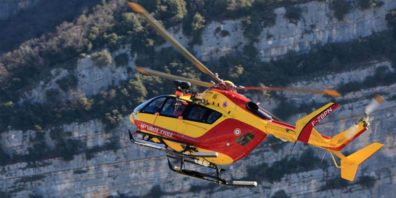 En France, un accident d'hélicoptère près de Marseille fait trois morts