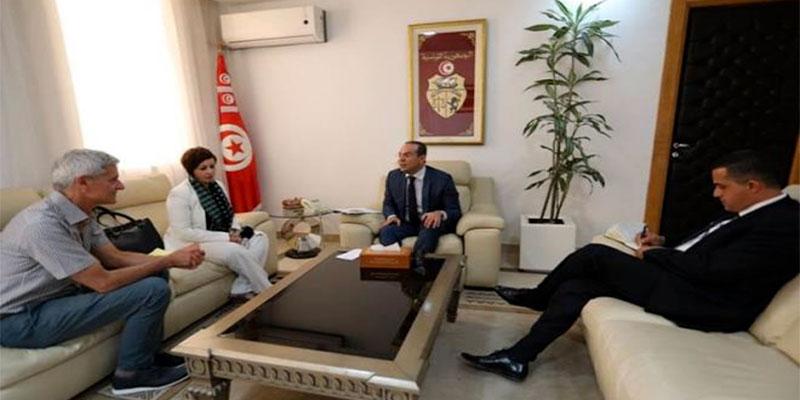 Le rapport de HRW sur la nouvelle loi de garde à vue en Tunisie présenté au ministre des Droits de l'homme