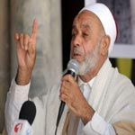إمام جامع الزيتونة يدعو الحكومة إلى منع النقاب