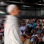 الحكم على إمام جامع بالسجن 6 أشهر
