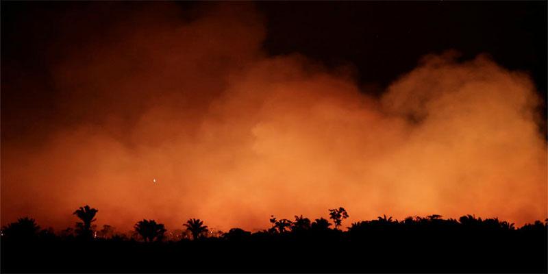 Incendies en Amazonie, le président brésilien Jair Bolsonaro sous pression internationale