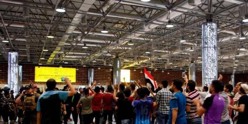 عودة الرحلات الجوية في مطار النجف.. ورفع حظر التجوال