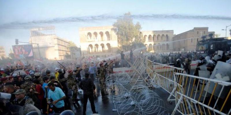 الشرطة ومصادر طبية: مقتل عراقي في احتجاج عند فرع لمنظمة بدر