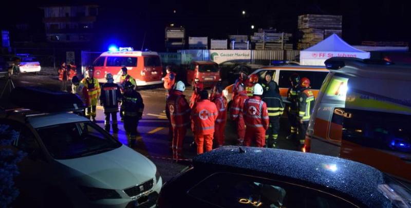 Italie: 6 Allemands meurent fauchés par une voiture, 11 personnes blessées