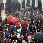 مسيرة بشارع الحبيب بورقيبة احياء لذكرى اغتيال بلعيد