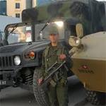 الجيش الوطني يجلي عائلة من 8 أفراد حاصرتها المياه في بوسالم