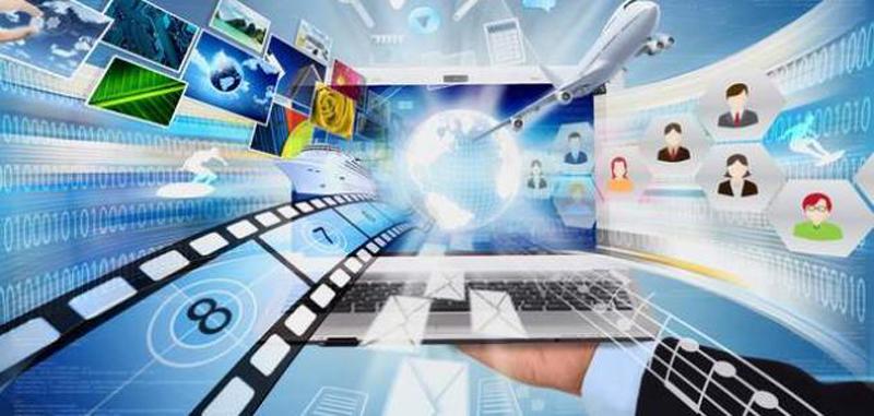 خبراء وجامعيون يدعون إلى تدريس مادة التربية على وسائل الإعلام بالمؤسسات التربوية