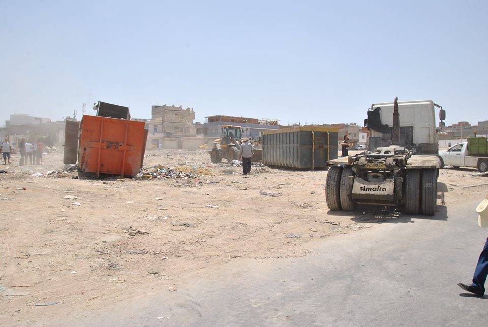 بالصّور : شيخة مدينة تونس تشرف على حملة النظافة بالكبارية