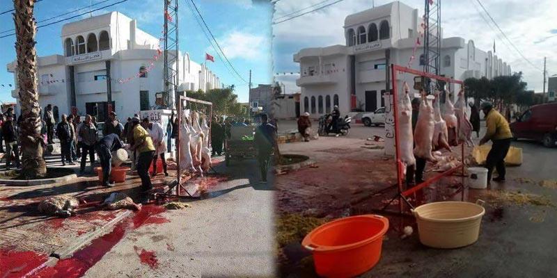 صور صادمة: احتجاجا على غلق المسلخ البلدي، قصابة فريانة يذبحون أمام مقر البلدية