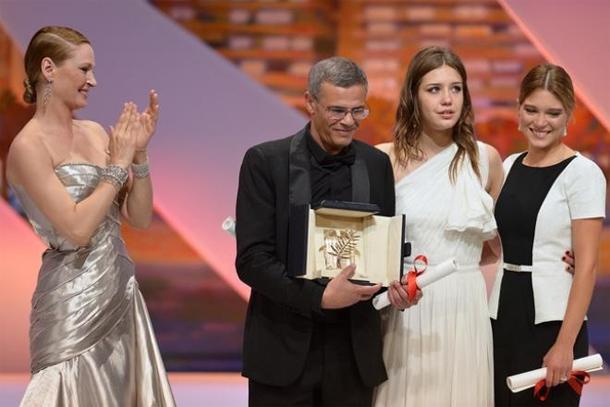Kechiche va vendre aux enchères sa Palme d'or de ''la Vie d'Adèle'' pour financer la fin de son nouveau film