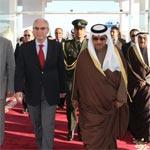 بالصّور : استقبال رئيس مجلس الوزراء الكويتي بمطار تونس قرطاج
