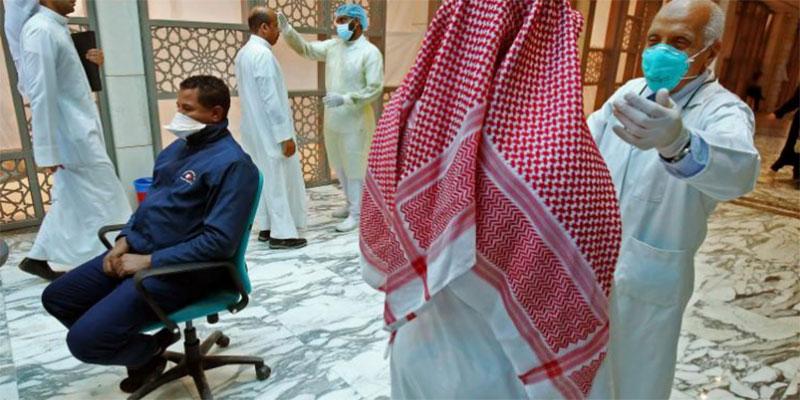 الكويت تقرر إلغاء صلاة الجمعة لحين إشعار آخر بسبب كورونا