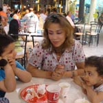 Fête des mères : qu'en pensent les mamans ?