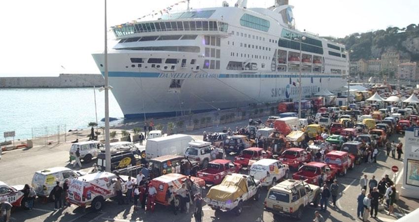 احباط محاولة تهريب تونسيين عبر ميناء حلق الوادي