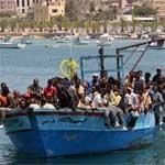 Près de 300 Tunisiens immigrants ont débarqué à Lampedusa hier