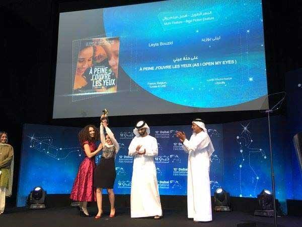 'A peine j'ouvre les yeux' de Leyla Bouzid remporte le Muhr d'or à Dubaï