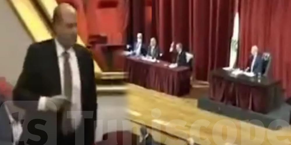 بالفيديو.. مشادات كلامية داخل البرلمان اللبناني.. وملحم بركات يختتم الجولة