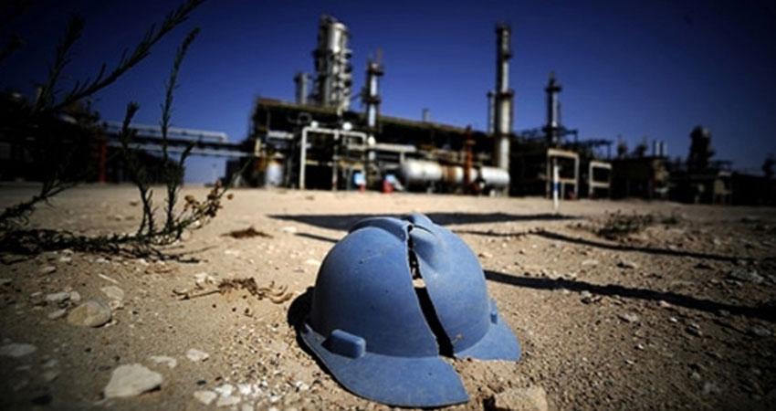 إنتاج ليبيا من الخام يهبط إلى أقل من النصف