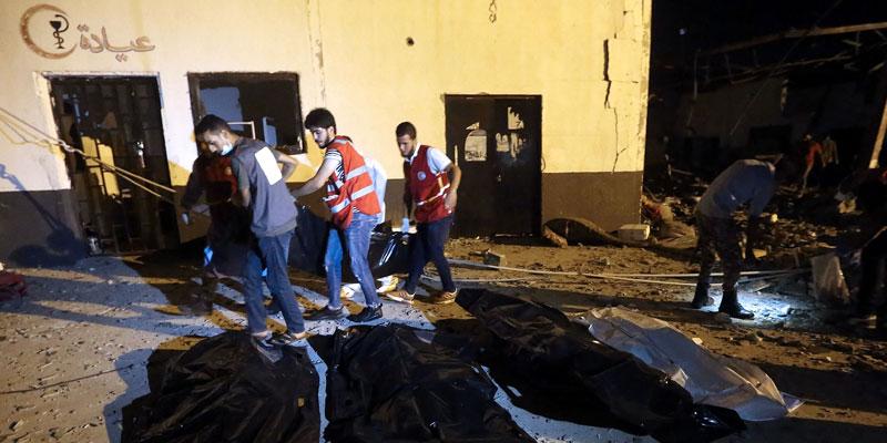 Un raid aérien fait un carnage dans un centre pour migrants en Libye, au moins 40 morts