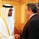 رئيس الحكومة يلتقي الشيخ محمد بن زايد آل نهيان بحضور الدكتورة لبنى القاسمي