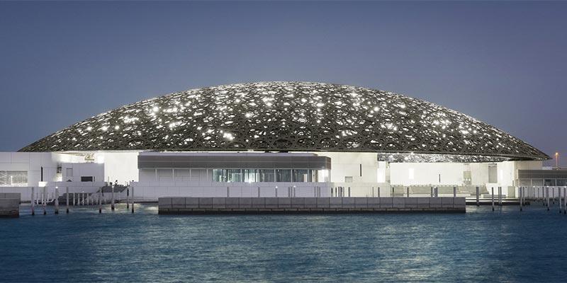 الإمارات تزيل قطر من خارطة للخليج العربي بمتحف ''اللوفر أبوظبي''