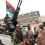 ليبيا: أحد قادة قوات حفتر يهدد بقصف برلمان طبرق وحكومة الثني