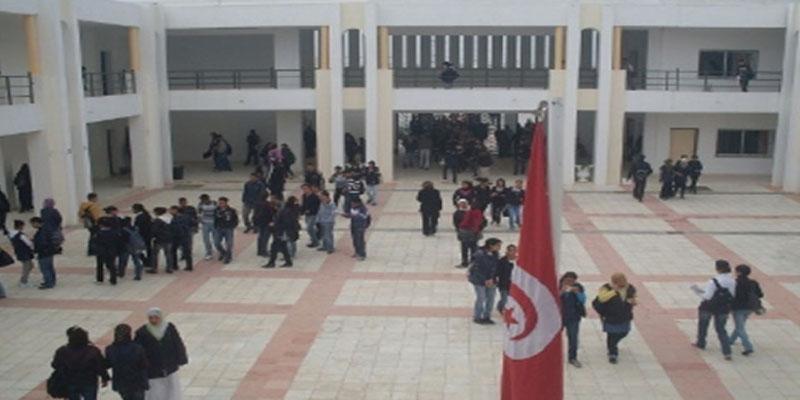 القصرين: استقالة جماعية لمديرين ونظّار في المدارس والمعاهد