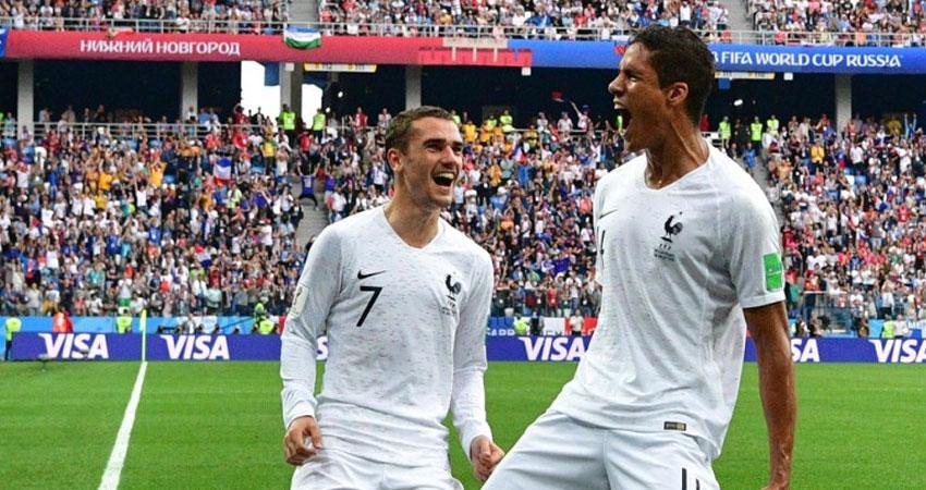 ماكرون يتوجه إلى روسيا لحضور مباراة فرنسا نصف نهائي المونديال