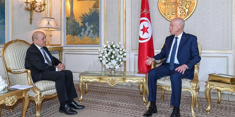 قيس سعيد يتلقى دعوة رسمية من ماكرون لزيارة فرنسا