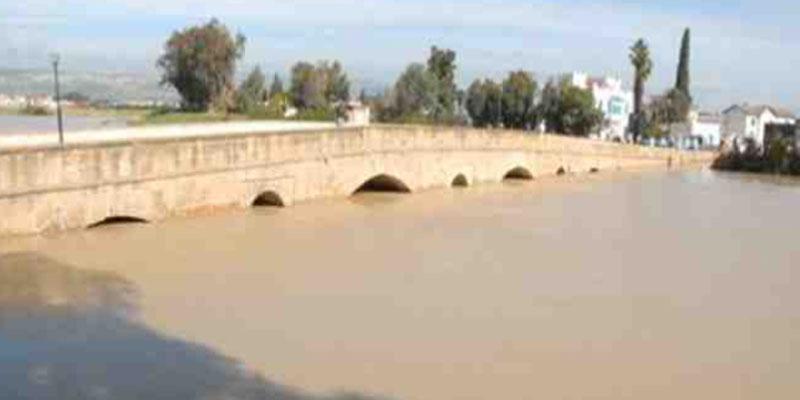 ارتفاع منسوب مياه واديي ملاق ومجردة والحماية المدنية بجندوبة تحذر
