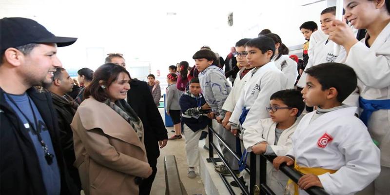 وزيرة الشباب والرياضة تعلن دار الشباب بتستور مشروعا نموذجيا