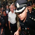 البحث متواصل عن طائرة الركاب الماليزية المفقودة منذ أكثر من 24 ساعة