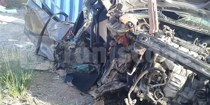 بالصور، حادث اصطدام بين قطار البضائع و سيارة خفيفة بمفترق الملاحة برادس