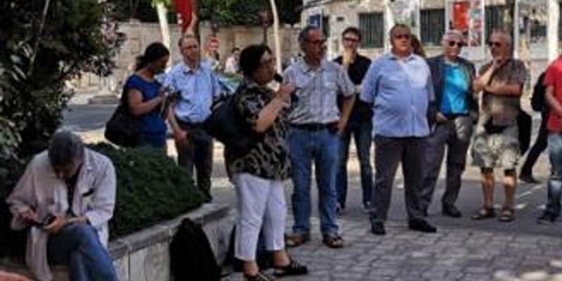 Manifestation à Paris d'associations tunisiennes contre le terrorisme