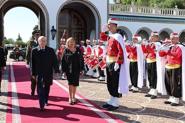 بالصّور : استقبال رئيسة جمهورية مالطا  ماري لويز كوليرو بريكا بقصر قرطاج