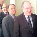 En photos : Mustapha Ben Jaafer souscrit à l'emprunt national