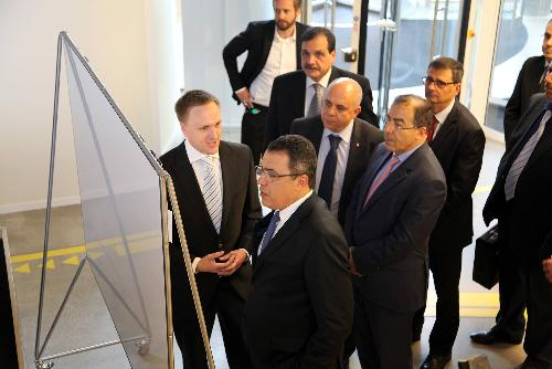 وطني برلين: رئيس الحكومة مهدي جمعة يزور مركز التجديد التكنولوجي meh-180614-2-500x100