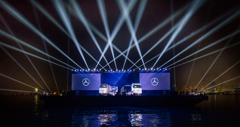 En photos : Mercedes Benz Lance la nouvelle génération de poids lourds